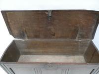 English 17th Century Oak Coffer (3 of 14)