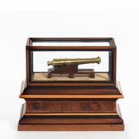Miniature Brass Cannon in a presentation case (6 of 10)