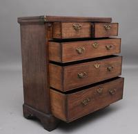 Early 18th Century Mahogany Bachelor's Chest (3 of 12)