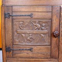 Carved Oak Sideboard Cupboard (8 of 13)