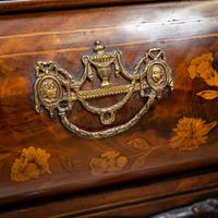Marquetry Bombe Fronted Display Cabinet (13 of 14)
