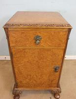 Pair of Burr Walnut Bedside Cabinets c.1930 (8 of 11)