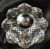 Small Pair of Late Victorian Silver Bonbon Dishes (2 of 5)