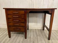 George V Desk (2 of 3)