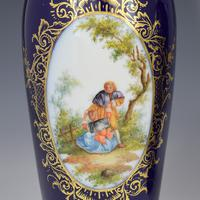Pair of Large Dresden Porcelain Vases & Covers c.1880 (10 of 12)