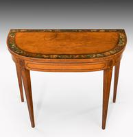 George III Period D-shaped Satinwood Card Table (4 of 7)