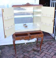 1940's Mahogany Drinks Cabinet on Cab Legs - Well Fitted Interior (2 of 5)