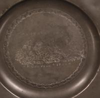 Set of 4 Pewter Plates with Engraved Decoration (6 of 7)