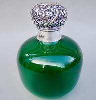 Very Large Victorian Silver Mounted Bristol Green Glass scent bottle by Cooper & Co, Birmingham 1899 (4 of 6)