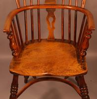 Set of 3 low Back Windsor Chairs (5 of 8)