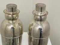 Pair of Decorative Art Deco Style Silver Snowmen Cocktail Shakers (15 of 42)