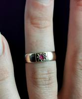 Antique Ruby Band Ring, 9ct Gold, Gypsy Set (12 of 13)