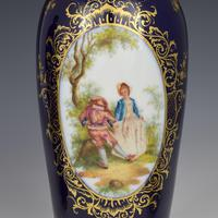 Pair of Large Dresden Porcelain Vases & Covers c.1880 (9 of 12)