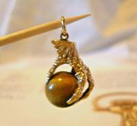 Vintage 9ct Gold Pocket Watch Chain Fob 1977 Large Talon or Claw with Tigers Eye Ball (11 of 11)