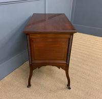 Pair of Mahogany Chests of Drawers (13 of 17)
