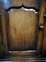 Titchmarsh & Goodwin Oak Dresser & Rack (10 of 15)