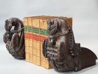 Good Pair of 18th Century Indian Carved Horse Head Bookends (3 of 9)