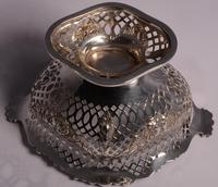 Beautiful Set of Three Matching Victorian Silver Dishes by Charles Stuart Harris, London 1899 & 1900 (10 of 13)