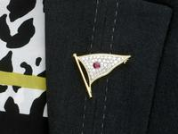 1.65ct Diamond & 0.48ct Ruby, 18ct Yellow Gold Flag Brooch - Vintage c.1945 (9 of 9)