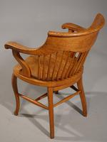 Shapely Early 20th Century Golden Oak Bow-Backed Desk Chair (3 of 3)