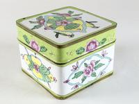 Antique Canton Painted Enamel Lidded Box (4 of 6)
