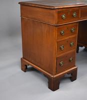 Victorian Oak & Walnut Pedestal Desk (7 of 10)
