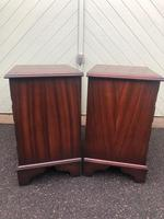 Pair of Small Mahogany Bedside Chest Drawers (6 of 11)