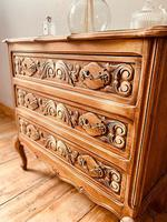 French Antique Style Small Chest of Drawers (4 of 4)
