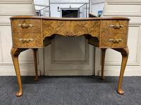 Queen Anne Burr Walnut Kidney Dressing Table (3 of 17)