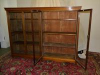 Large Oak Bookcase (3 of 5)