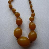 Graduated Bakelite Bead Necklace (6 of 11)