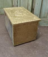 Embossed Brass Log or Coal Box, or Slipper Box with Tavern Scenes (4 of 6)
