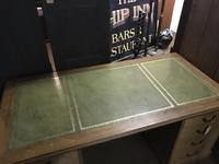 G. W. R Large Pine & Oak Leather Topped Desk (3 of 17)