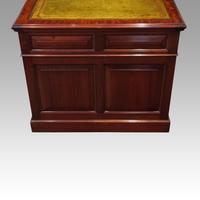 Edwardian mahogany large pedestal desk (5 of 14)