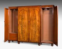 Mid 19th Century Mahogany Wardrobe (4 of 7)