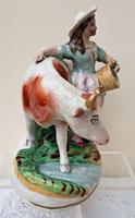 Pair of Antique English Victorian Staffordshire Pottery Figures - Milkman & Milkmaid with Cows - H 2314d / H 2314c (10 of 13)