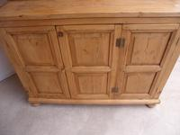 Original Georgian Waxed Antique Pine 1 Piece 6 Door Kitchen Dresser (8 of 9)