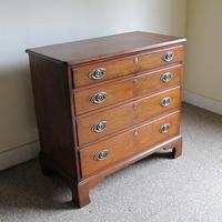 Oak Chest of Drawers c.1790 (2 of 6)