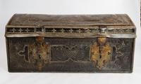 Late 17th - Early 18th Century Travelling Trunk
