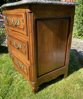 Small 18th Century Serpentine Fronted Commode (9 of 17)