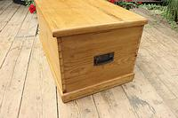 Lovely Restored Pine Blanket Box / Chest / Trunk / Coffee Table (6 of 8)