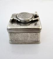 Beautiful silver travelling inkwell London c 1830 (2 of 8)