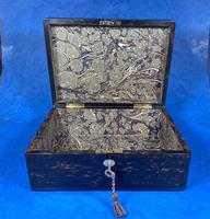 Victorian Coromandel Box with Mother of Pearl Escutcheons (3 of 14)