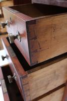 Small Victorian Mahogany Pedestal Desk - Hobbs & Co London (10 of 13)