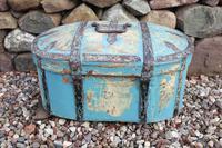 Scandinavian / Swedish 'Folk Art' Travel chest in blue paint and ironwork, 18th Century (13 of 37)