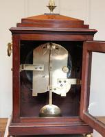 Small  Mahogany Chamfer Top Bracket Clock (5 of 10)