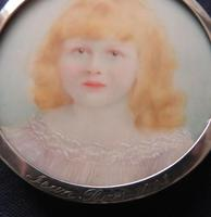 Miniature Portrait Diana Ross 1903 Edwardian Halmarked and Engraved Silver Frame (2 of 4)