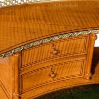 Unusual Victorian Freestanding Oval Satinwood Desk (3 of 12)