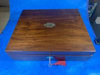 Georgian Mahogany Box With a Working Lock and Key (2 of 13)