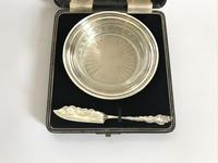Lovely Boxed Silver Butter Dish with Knife (3 of 7)